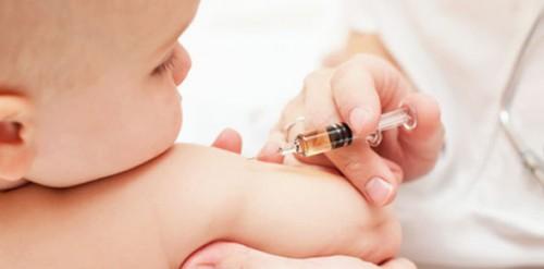 bebe-vacina2